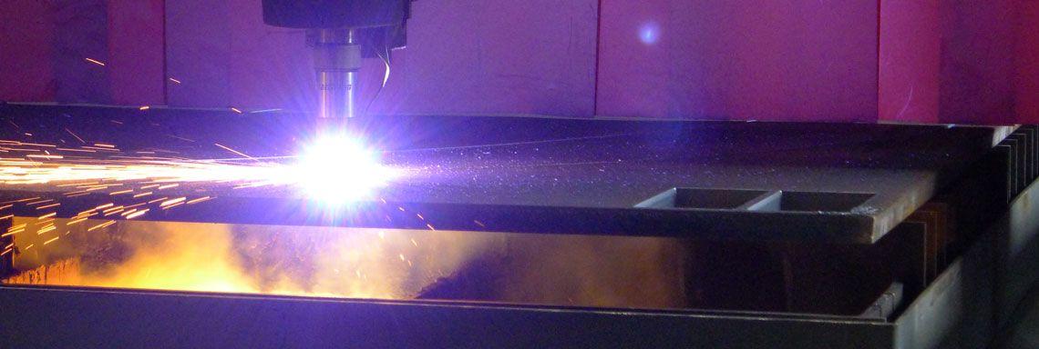 Plasmaschneidanlage im Metallbau