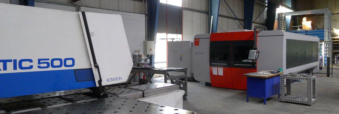 Laserschneidanlage mit Faserlaserquelle
